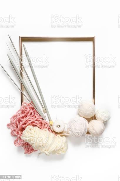 Knitting flat lay composition frame made of yarn knitting needles on picture id1178162885?b=1&k=6&m=1178162885&s=612x612&h=rsm5hg7j35 tdfadh461fu wt6clubgztt jput5 wq=
