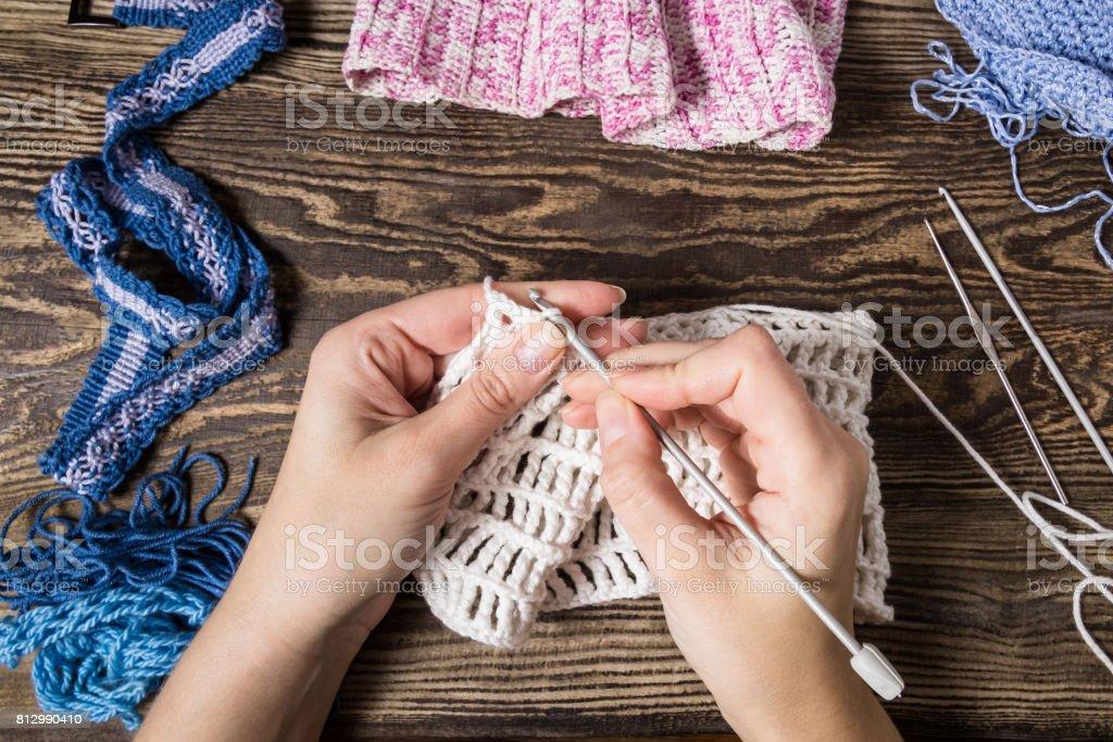 Stricken Handhäkeln Weibliche Hand Stricken Haken Ansicht Von Oben