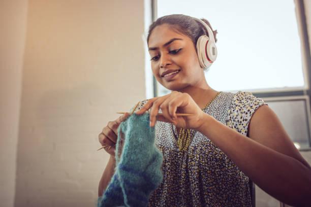 knitting socks for gift - lavorare a maglia foto e immagini stock