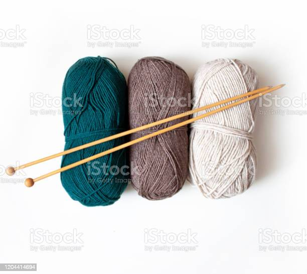 Knitting woolen yarn of green coffee and milk color with wooden for picture id1204414694?b=1&k=6&m=1204414694&s=612x612&h=enlsfxirfe72rh6bhdzzt7pfj ate bmoeisp53ffp0=