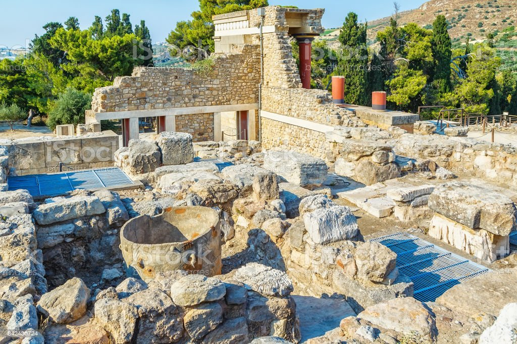 Knossos palace at Crete, Greece Knossos Palace, is largest Bronze Age archaeological site on Crete and the ceremonial and political centre of the Minoan civilization and culture stock photo