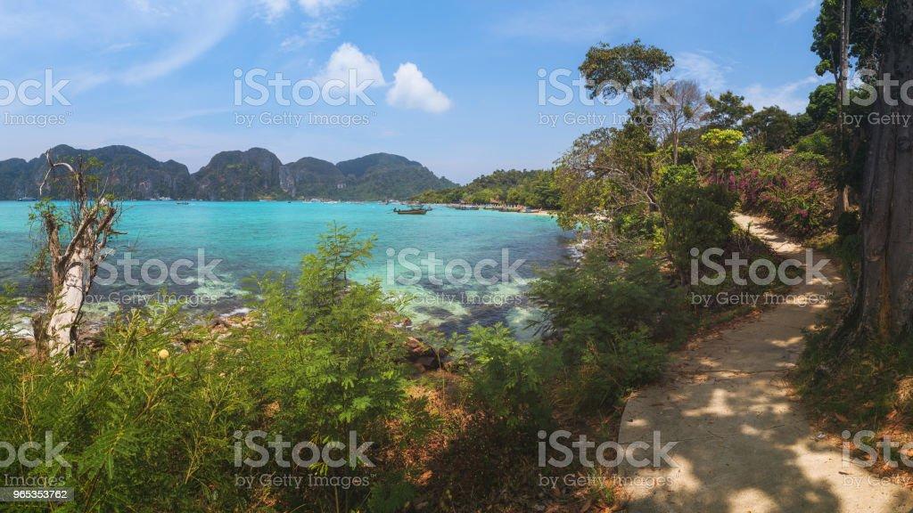 Île de Ko Phi Phi, la Province de Krabi, Thaïlande - Photo de Ao Ton Sai libre de droits