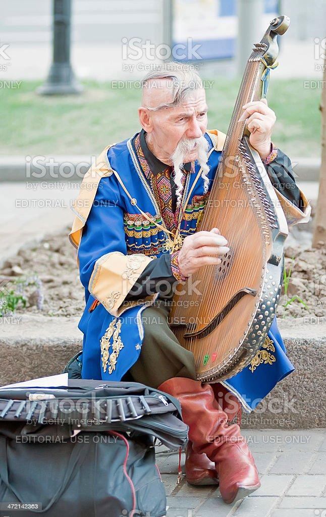 Kobzar Петь в его дополнением стоковое фото