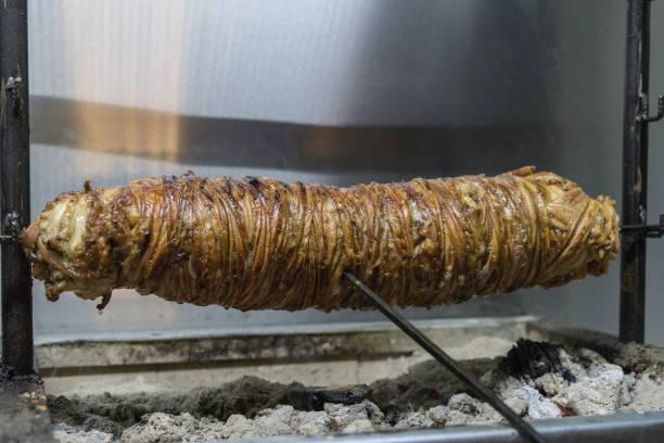 kokoreç - innereien stock-fotos und bilder