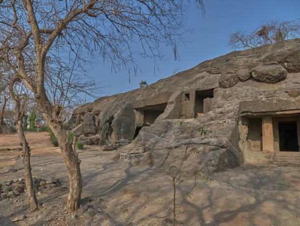 Kondivite,or Mahakali Caves are a group of 19 rock-cut monuments built between 1st century BCE and 6th century CE.mumbai maharashtra
