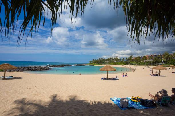 Koolina manmade lagoon in oahu hawaii picture id667123786?b=1&k=6&m=667123786&s=612x612&w=0&h=qpojmrk x8q1jbgpxkdcpappsjaxdzpcdfiagssjde0=