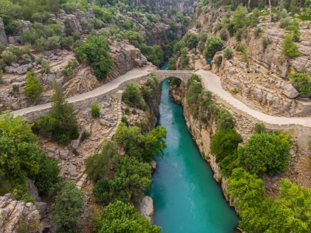 koprulu canyon - canyon stock-fotos und bilder
