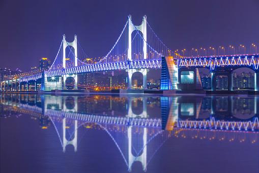 韓国釜山 Gwangan 橋の夜のアート - 2015年のストックフォトや画像を多数ご用意