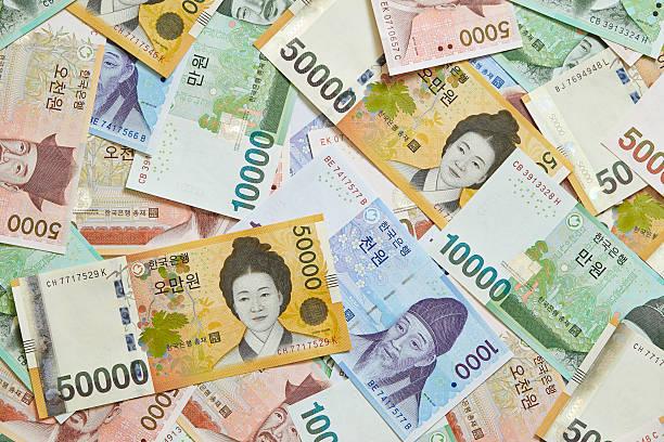korean won bills - zuid korea stockfoto's en -beelden