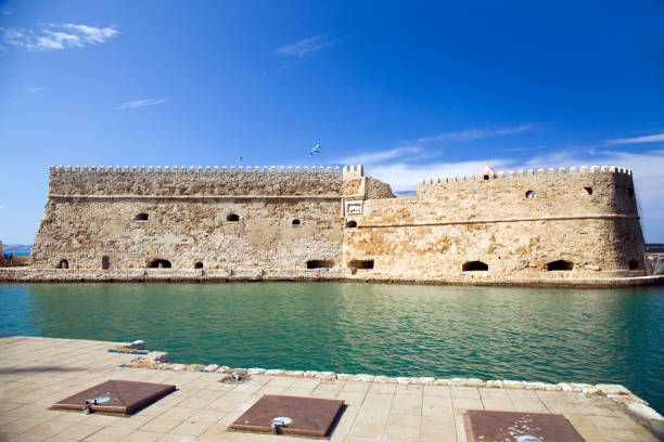Koules Fortress in Heraklion. Island of Crete in Greece. Koules fortress on the sea, tourist attraction of the city of Heraklion. Historic building in Crete. – zdjęcie