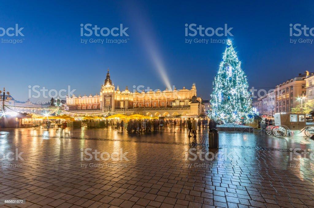 Krakau, Polen, Weihnachtsbaum am Main Marktplatz – Foto