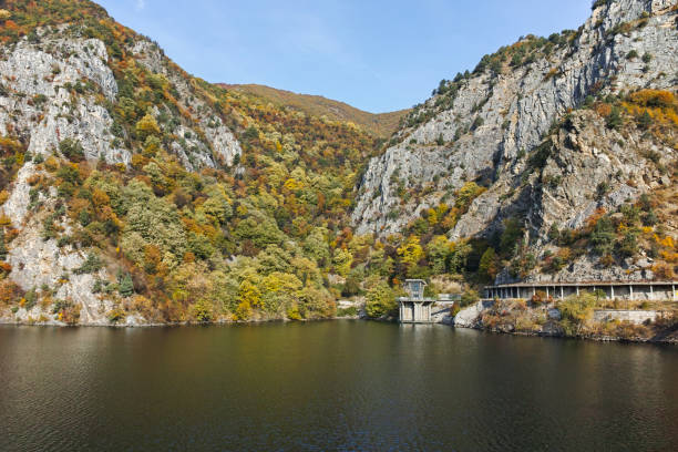 Krichim Rezervuar Rodop Dağı, Bulgaristan stok fotoğrafı