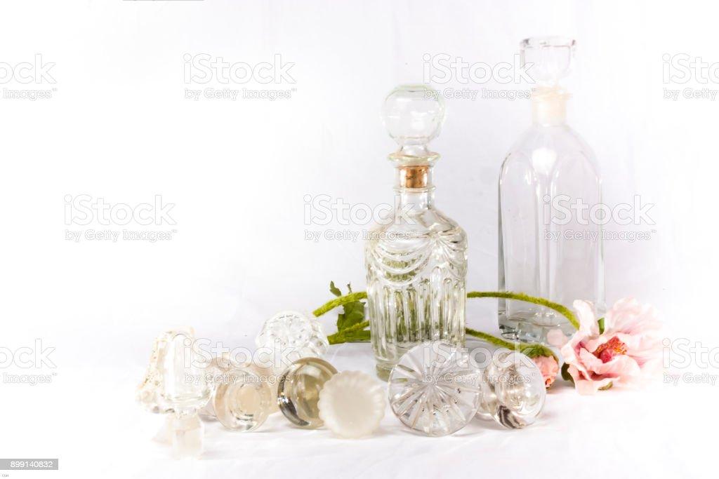 Kristall Glasstoppel & Glasflaschen stock photo
