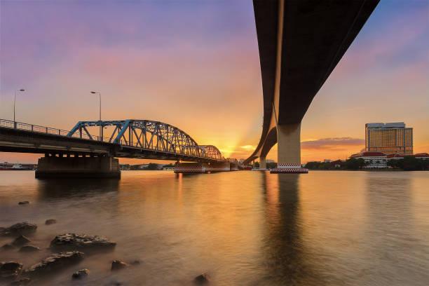 Krungthep Bridge construction with steel. 스톡 사진