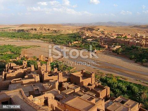 istock Ksar of Ait-Ben-Haddou and Ouarzazate river valley, Morocco 882795396