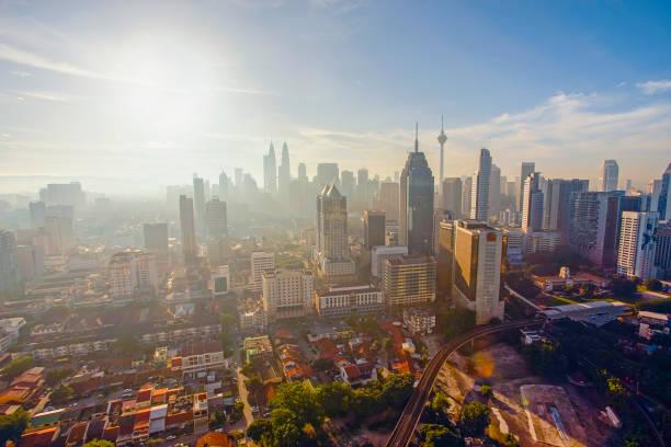 Kuala Lumpur Landlandschaft bei Sonnenaufgang – Foto