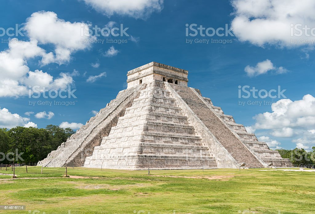 Kukulkan, El Castillo , Mayan Pyramid, Chichen Itza Mexico stock photo