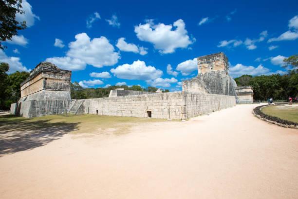 치첸 이차 사이트의 쿠쿨칸 피라미드, 멕시코 스톡 사진