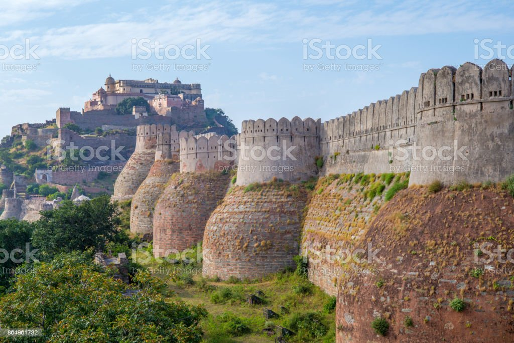 Kumbhalgarh wall in rajasthan, india stock photo