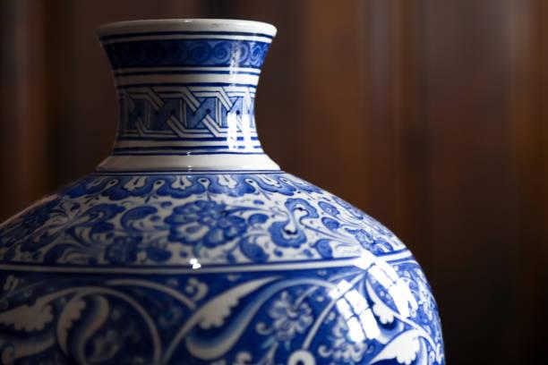 kütahya fliesen vase - keramik vase stock-fotos und bilder