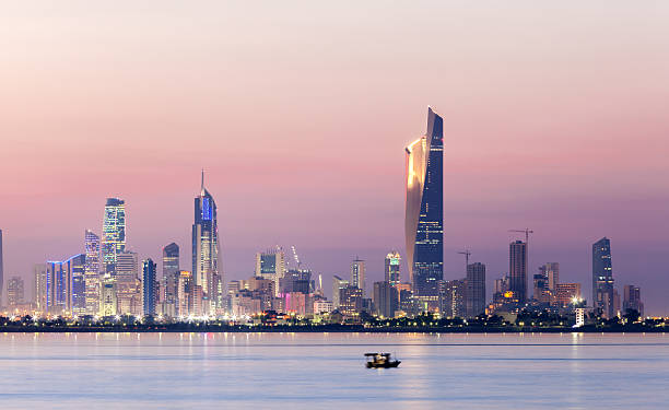 Kuwait-Stadt bei Nacht – Foto