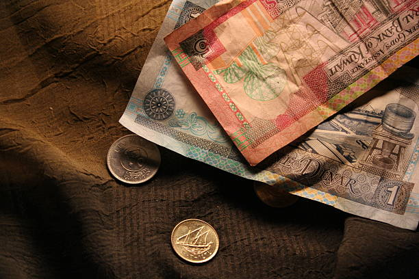 kuwait currencies - kuwait currency stock photos and pictures