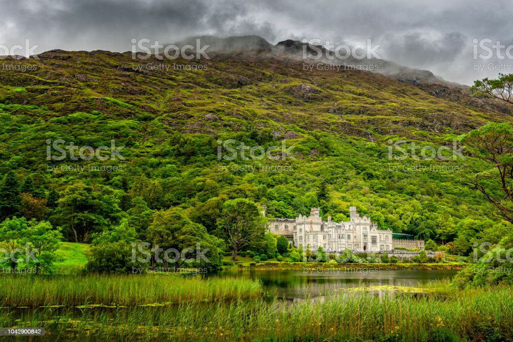 Kylemore Abbey, Co. Galway in Irland stock photo