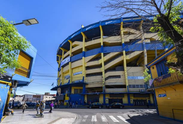 la bombonera - famous football stadium in buenos aires - maradona foto e immagini stock