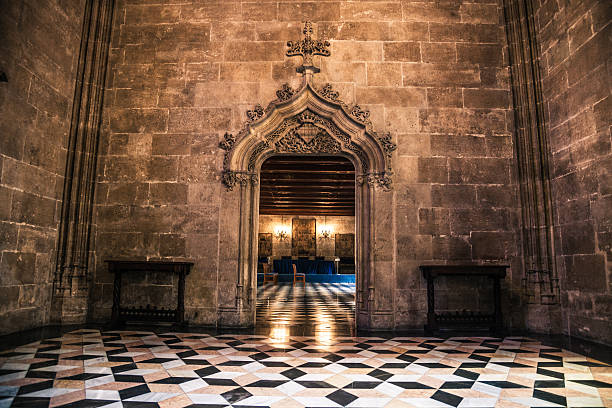 la lonja of valencia - entrance hall - gothic style stock pictures, royalty-free photos & images