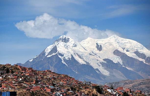 la paz, bolivia: nevado illimani peak - 玻利維亞 個照片及圖片檔