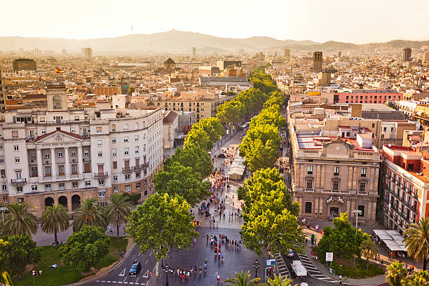 la rambla in barcelona - barcelona spanien stock-fotos und bilder