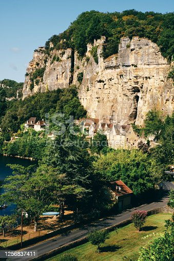 istock La Roque-Gageac village, Dordogne region, France 1256837411