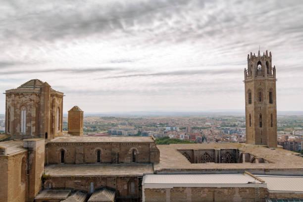 la seu cathedral in lleida - lleida стоковые фото и изображения