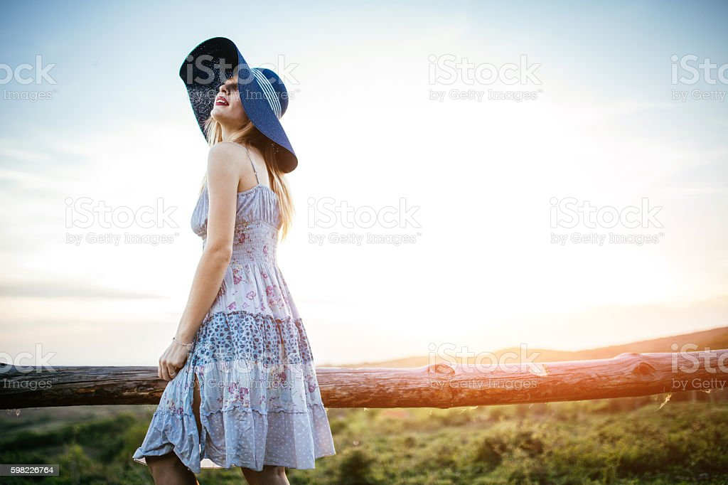 Lady in mountains foto royalty-free