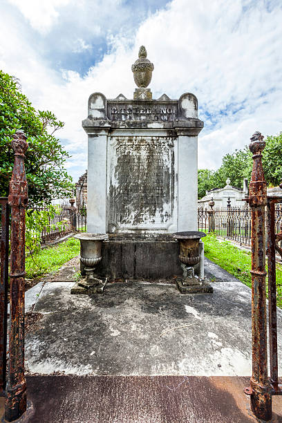 lafayette cemetery in new orleans with historic grave stones - crypt stock pictures, royalty-free photos & images