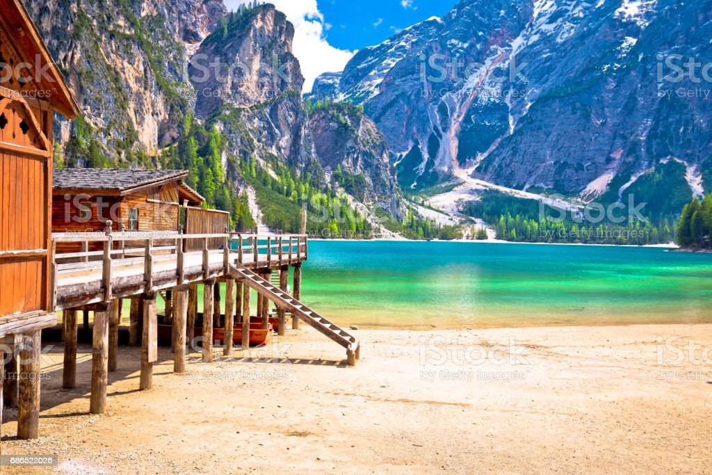 Lago di Braies turquoise water and Dolomites Alps view, South Tyrol region of Italy stock photo