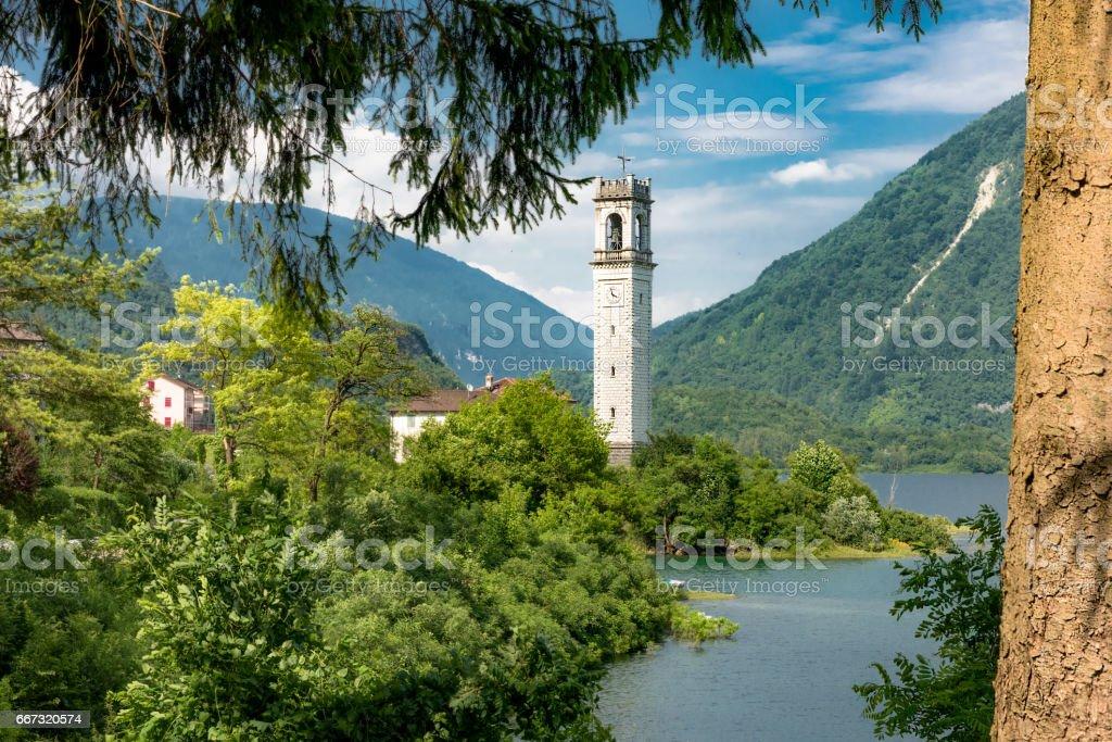 Lago di Corlo,panorama,Rocca di Arsiè 2 - foto stock