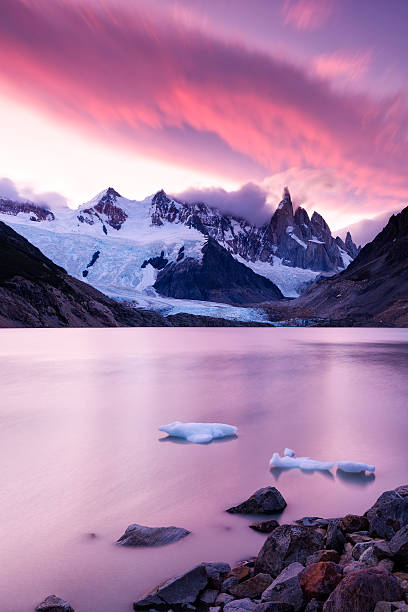 laguna torre and cerro torre at sunset, patagonia, argentina - south america travel stock photos and pictures
