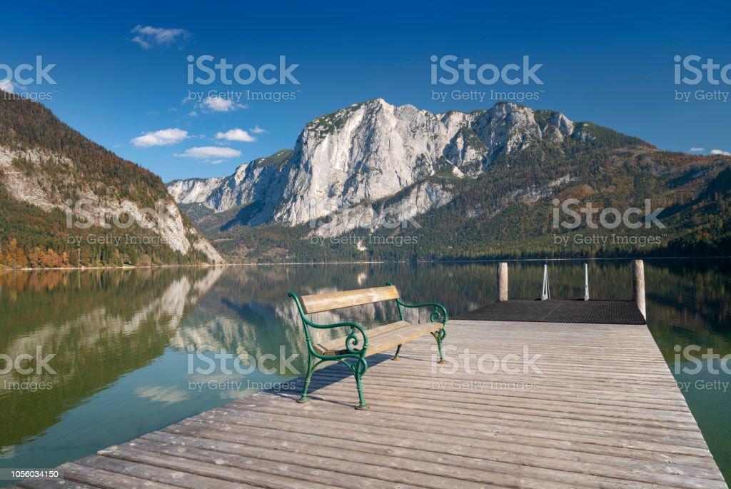 Altausseer See mit Berg Trisslwand Herbst Panorama, Österreich – Foto