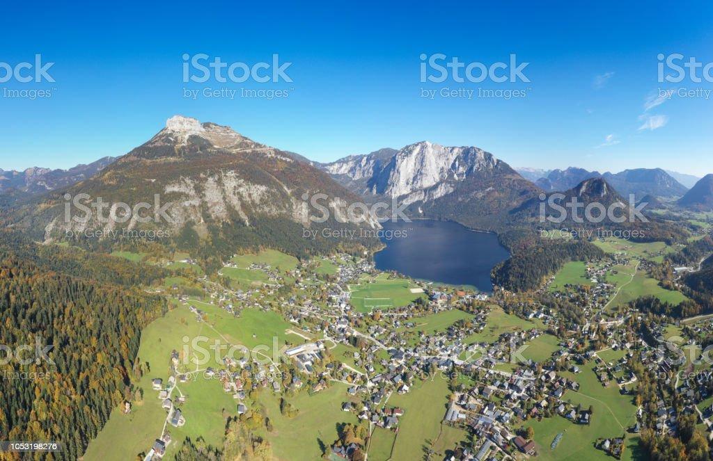 Altausseer See mit Bergen Loser und Trisslwand, Totes Gebirge, Steiermark, Ausseerland, Panorama, Österreichische Alpen – Foto