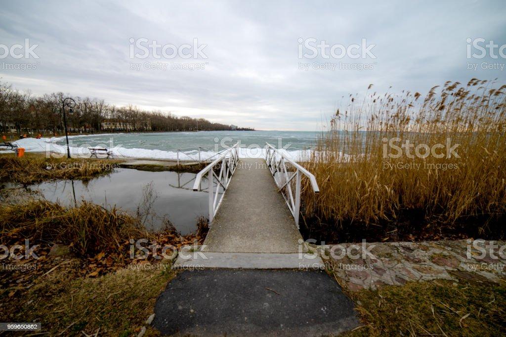 Lago Balaton en invierno, Hungría - Foto de stock de Agua libre de derechos