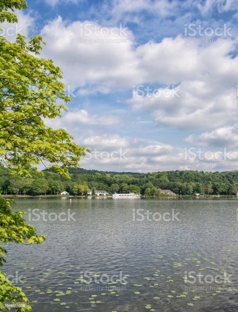 Lake Baldeneysee, Ruhrgebiet, Essen, Deutschland – Foto