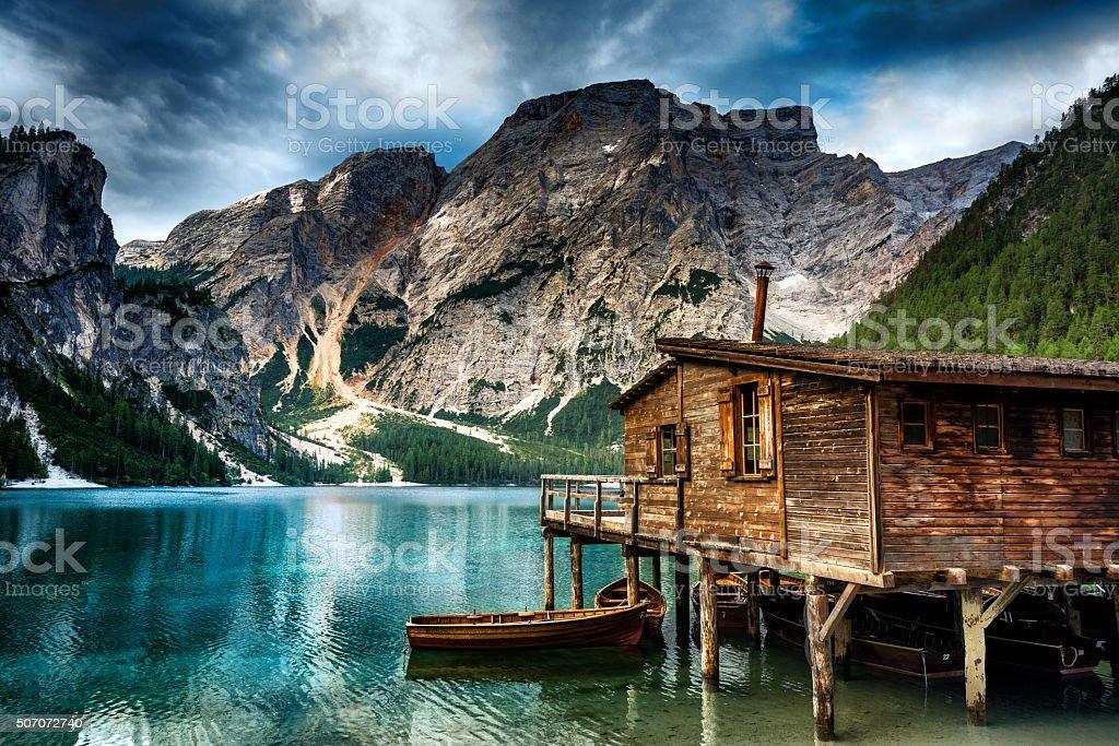 See Lac de Braies (Pragsersee) in Südtirol im Sommer – Foto