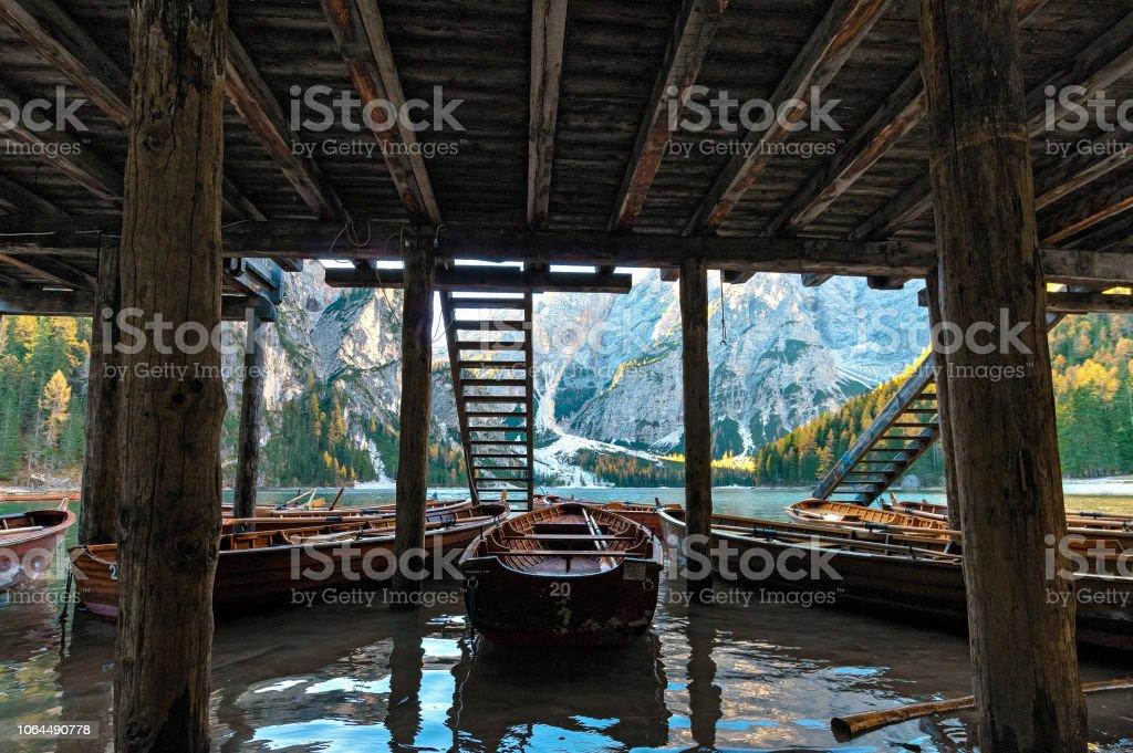 Lago di Braies stok fotoğrafı