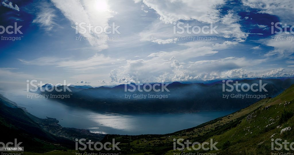lago di garda dal baldo panoramica stock photo