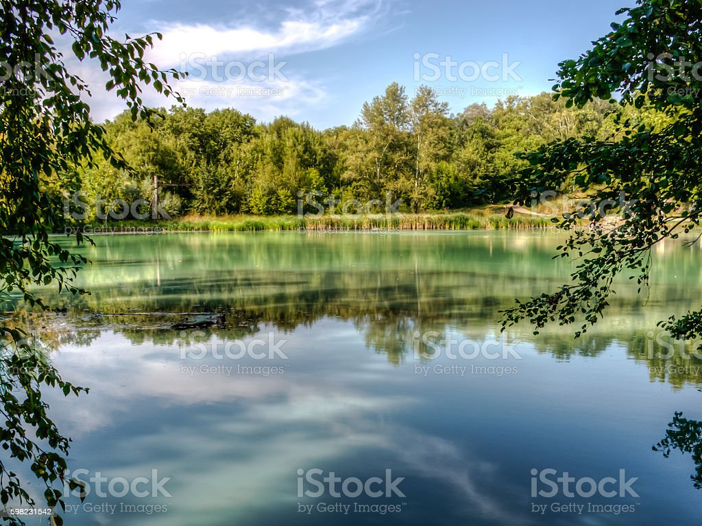 Lake landscape with turquoise water. foto royalty-free