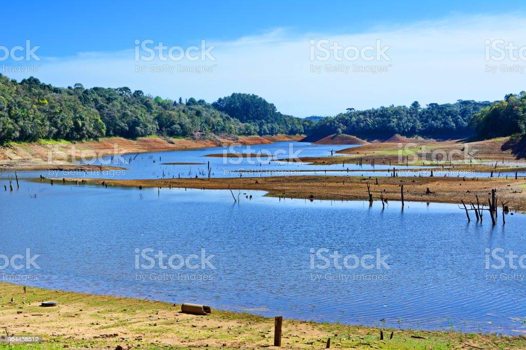Lago da represa de Vossoroca - Foto de stock de Acidentes e desastres royalty-free
