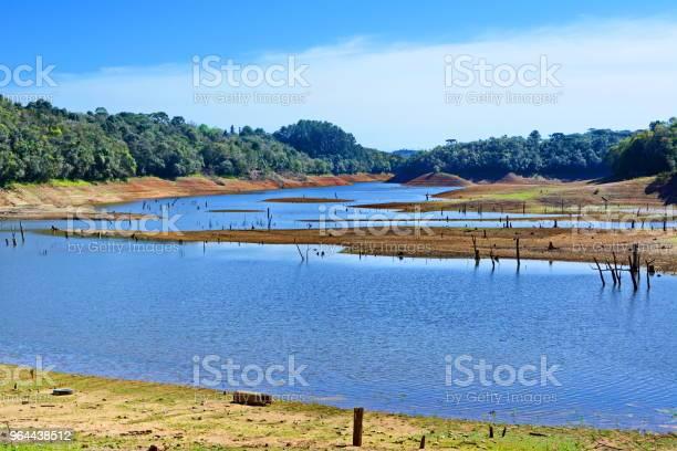 Foto de Lago Da Represa De Vossoroca e mais fotos de stock de Acidentes e desastres