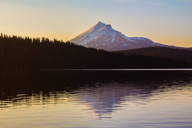 Lake of the Woods & Mt. McLaughlin Sunset - Photo