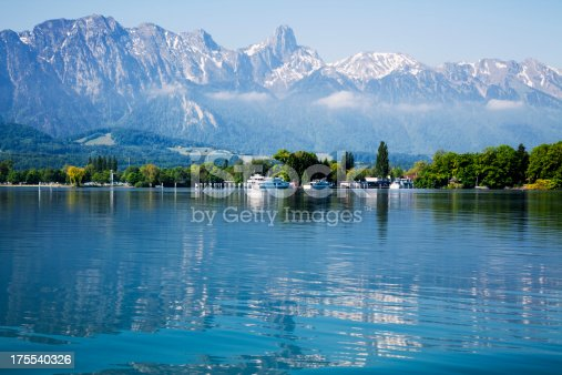 istock Lake of Thun and The Swiss Alps 175540326